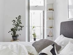 Stylishly Simple: A Gallery of Gorgeous Minimalist Bedrooms   Apartment Therapy