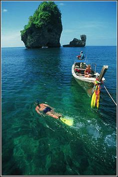 Koh Phi Phi (Phi-Phi island)