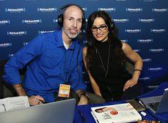Lisa Ann junto al también presentador de Sirius XM, Ray Flowers
