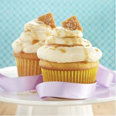 Transform a Yellow Cake Mix into a Salted Caramel and Cinnamon Cupcake