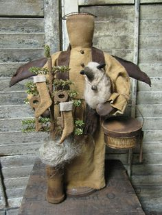 "Olde 'Antiques"" Angel  By Folk Artist Sue Corlett http://1897houseprimitives.blogspot.com/"