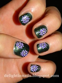 Delight in Nails: 30 Day Flower Challenge Day 11: Dahlia - @Kat Ellis Hannington