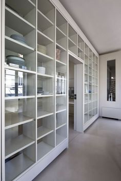 Glass shelves, room divider. Abstraction Active Loft by Smoothcore Architects
