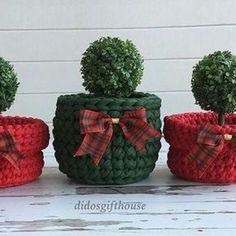 16 modelos de cestos de Natal com fio de malha