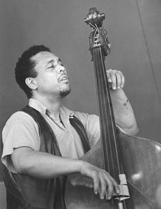 Charles Mingus - Wikipedia, the free encyclopedia Charles Mingus Jr. (April 1922 - January was an American jazz double bass. Stoner Rock, Jazz Artists, Jazz Musicians, Music Is Life, My Music, Hard Rock, Rockabilly, Heavy Metal, Boris Vian