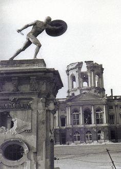 Friedrich Seidenstücker, Berlin, Charlotenburger Schloss, Sommer 1945.