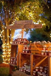 Rustic country wedding guide to make a perfect rustic wedding chic. Look through real rustic weddings, get ideas and inspiration, ask questions or find the perfect country wedding venue to host your rustic country wedding. Wedding Favour Displays, Outdoor Wedding Favors, Wedding Favours, Wedding Decorations, Wedding Reception, Honey Favors, Jam Favors, Party Favors, Our Wedding