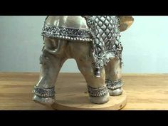 como pintar figuras de yeso manualidades - Buscar con Google Elefante Hindu, Plaster Crafts, Mandala Painting, Stained Glass Art, Decoupage, Sculpting, Elephant, Videos, Heels
