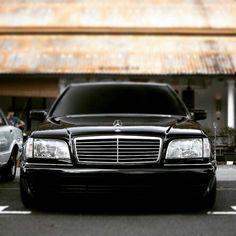 Mercedes Benz S Class Gls Mercedes, Mercedes W140, Mercedes S Class, Mercedes Benz Cars, Mercedes Benz Wallpaper, Limousine Car, Benz S500, M Benz, Mercedez Benz