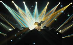 """Deadmau5, Honest About His Own Press-Play Sets, Misses Out On """"Scene"""" article by Peter Kirn in Create Digital Music"""
