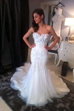 GORGEOUS!!!!! This is so going on the top of my list for dresses.
