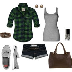 Super cute  casual summer outfit for the park or the lake...although I can't see needing a purse at the lake! lol