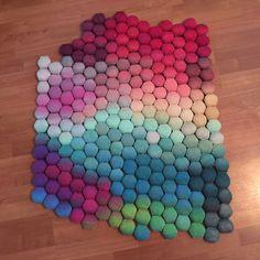 Ravelry: KnitatNite's Hexipixel - such beautiful colors!