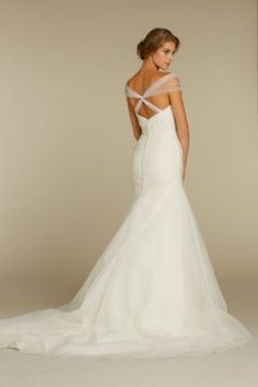 Has anyone added straps or sleeves to a strapless gown? : wedding ...