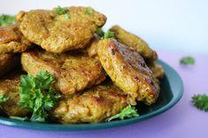 Linssinööri: Kanatyyliset seitanpihvit Real Food Recipes, Vegetarian Recipes, Seitan, Daily Bread, Tandoori Chicken, Seafood, Meals, Ethnic Recipes, Fish
