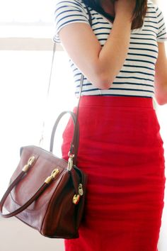 Red pencil skirt, with stripes and a great bag = 1 great outfit. Sexy Work Outfit, Sexy Outfits, Cute Outfits, Work Outfits, Sexy Business Attire, Business Outfits, Red Skirts, Blazer, Work Fashion