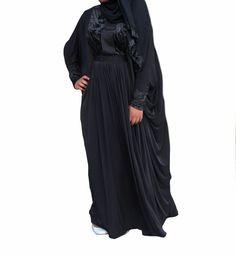 Available in size Farasha Abaya, Fabric, Collection, Fashion, Dress, Tejido, Moda, Tela, Fashion Styles