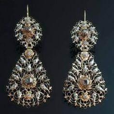 1750 Georgian floral diamond dangle earrings 18kt gold