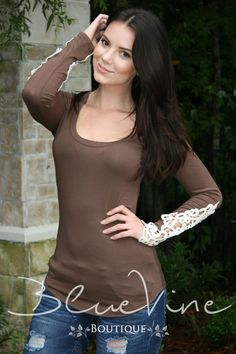 """""""Just a Daydream"""" Top-Taupe"""