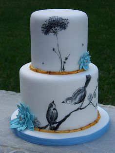 Bird Cake by Erin Salerno. I wish I could draw like that! Crazy Cakes, Fancy Cakes, Cute Cakes, Pretty Cakes, Unique Cakes, Creative Cakes, Gorgeous Cakes, Amazing Cakes, Bolo Artificial