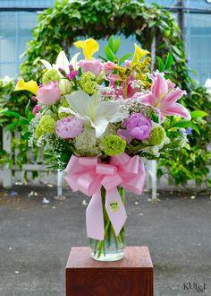 232690fd69b36f Mother s Day 2016 Special The Spectacular Vase Arrangement Kui   I Florist