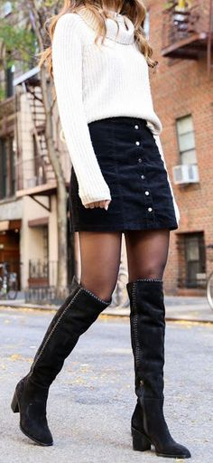 12 Wintermode-Outfits - Carol G. - - 12 Wintermode-Outfits - Carol G. Winter Mode Outfits, Winter Fashion Outfits, Look Fashion, Autumn Winter Fashion, Womens Fashion, Fashion Trends, Fashion Clothes, Fall Skirt Outfits, Black Denim Skirt Outfit Winter