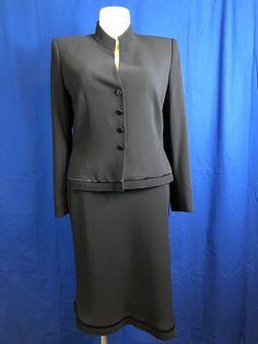 Albert Nipon Black 2 Piece Blazer/Skirt Suit Size 16