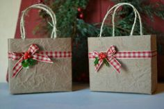 Christmas Gift Bags, Xmas Gifts, Small Christmas Gifts, Christmas Gift Wrapping, Diy Gifts, Christmas 2019, Creative Gift Wrapping, Present Wrapping, Decorated Gift Bags