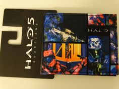 Halo 5 Guardians Xbox Video Game Quickturn Bifold Wallet Nwt   Halo5Guardians  Bifold Halo 5 50d32e1c81d1