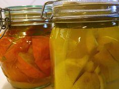Saltede citroner og appelsiner - Sådan gør du og sådan bruger du dem | Kale and tell Forslag, Bruges, For Love And Lemons, Dressing, Pickles, Cucumber, Mason Jars, Recipes, Food