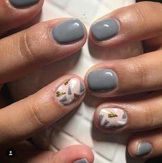 Grises is part of Cute Short nails Blondes - Cute Short nails Blondes Gel Pedicure, Pedicure Ideas, Nail Ideas, Uñas Diy, Gray Nails, Short Nail Designs, Stylish Nails, Nail Decorations, Pretty Nails