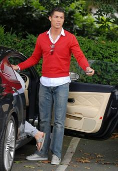 Fashion-Style-Cristiano-Ronaldo.jpg 344×497 pixels