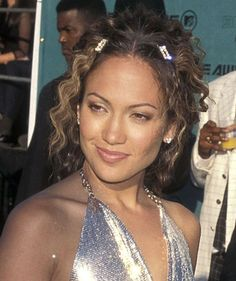 LOL '90s hair trends you forgot (or are still trying to).