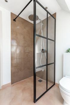 Bathroom Inspiration, Bathroom Medicine Cabinet, Toilet, Vanity, House, Diy Ideas, Bathrooms, Minimalism, Carton Box