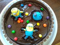 These Minion Kit Kat Cakes will be the talk of your party and they are so easy to make.  Check them out now!