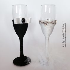 Custom hand-made wedding champagne glasses made with Swarovski stones /bride and groom /black and white /crafts ideas