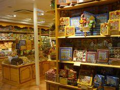Parisian Chocolate Shop #Paris #France