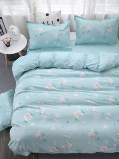 To find out about the Allover Flower Print Sheet Set at SHEIN, part of our latest Bedding Sets ready to shop online today! Luxury Bedding Collections, Luxury Bedding Sets, Dream Rooms, Dream Bedroom, Cute Bedroom Ideas, Duvet Bedding, Satin Bedding, White Bedding, Bed Duvet Covers