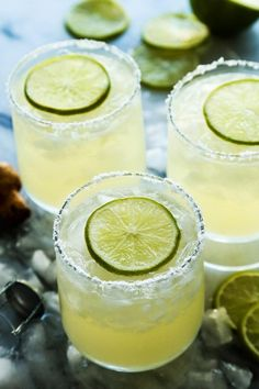 Prosecco Margaritas, a big batch cocktail recipe from afarmgirlsdabbles.com - This bubbly Prosecco margarita recipe was made for entertaining. In big batch recipe form, a pitcher of margaritas is ready for guests before they arrive...no mixing individual drinks!