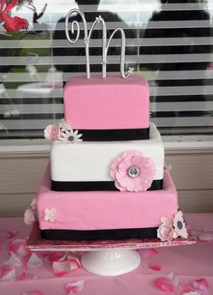 Bling Birthday Party | ... , June 11, 2011 – Gum paste flowers , Specialty / Party cakes