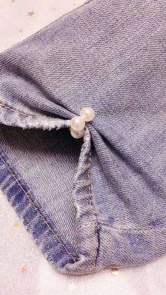 Diy Fashion Videos, Diy Fashion Hacks, Sewing Basics, Sewing Hacks, Sewing Tutorials, Diy Clothes Life Hacks, Clothing Hacks, Hand Embroidery Videos, Sewing Stitches