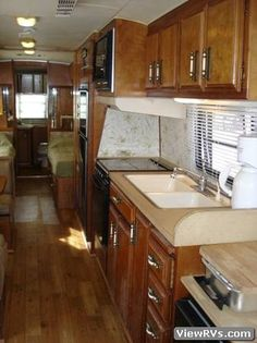 176ff0745e13a8fb8c628d6e25ac0188 vintage rv travel trailers 1984 avion travel trailer campers pinterest camper  at reclaimingppi.co