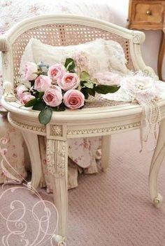 Beautiful and chic vanity stool. via gabytaangeles