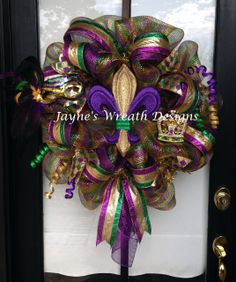 Mardi Gras Wreath with fleur de lis, mask & crown