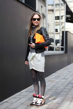 love love love!  inspiration for my paris trip #secretlyfancy #streetstyle    source: http://nymag.com/daily/fashion/2012/02/our-favorite-street-style-from-lfw-day-one.html#photo=8x00002