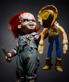 "Chucky: ""Give me the boy, and I'll let you live!"" (Child's Play) Woody: ""You stay away from Andy. Arte Horror, Horror Art, Horror Decor, Scary Movies, Horror Movies, Funny Horror, Woody, Disney Horror, Childs Play Chucky"