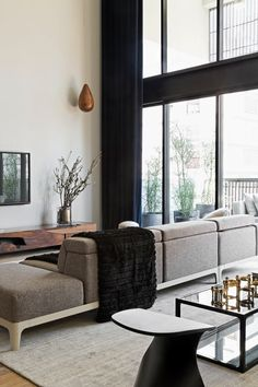 the Itacolomi Apartment 445 by Diego Revollo
