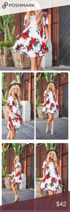 NWT Pretty Swing Floral Print Dress Pretty Swing Floral Print Dress with side pockets and flutter sleeves. Dresses