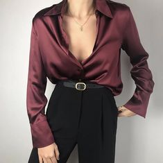 la femme dans lart on Classy Outfits, Casual Outfits, Look Fashion, Womens Fashion, Blouse Online, Character Outfits, Looks Vintage, Looks Style, Aesthetic Clothes