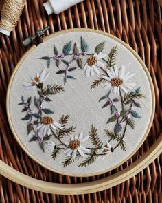 Another meadow duet! Embroidery Flowers Pattern, Simple Embroidery, Modern Embroidery, Embroidery Hoop Art, Hand Embroidery Designs, Ribbon Embroidery, Embroidery Stitches, Sewing Art, Sewing Crafts